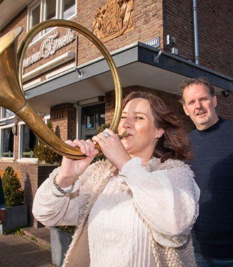 Toet! De post keert terug in Ermeloos restaurant aan Pauwenplein