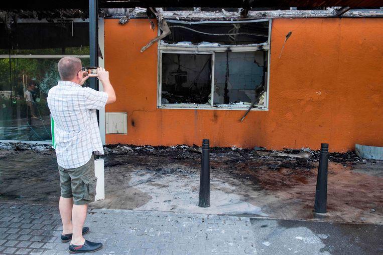 Verschillende gebouwen werden de afgelopen nacht in de wijk Breil in brand gestoken.