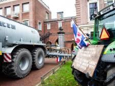 Protesterende boeren in Haarlem: 'We willen een statement maken'