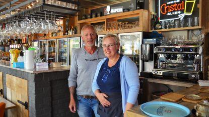 Nieuwe cafés À L'aise en 't Oud Stadhuis nemen vlotte tweede start