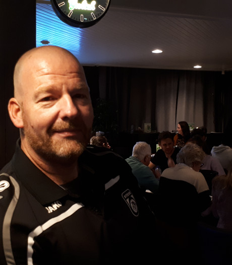 Voetbalclub Stevo uit Geesteren leert verantwoord schenken in de kantine