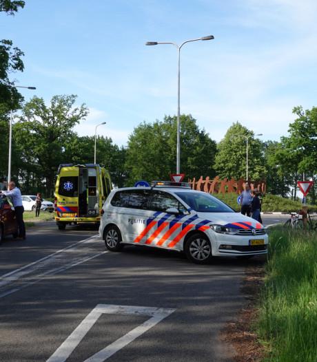 Wielrenner gewond na aanrijding met auto in Renswoude