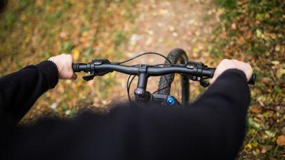 """Bestuurder (57) straft zichzelf voor dronken botsing na cafébezoek: """"Voortaan met de fiets naar het werk, 27 kilometer ver"""""""
