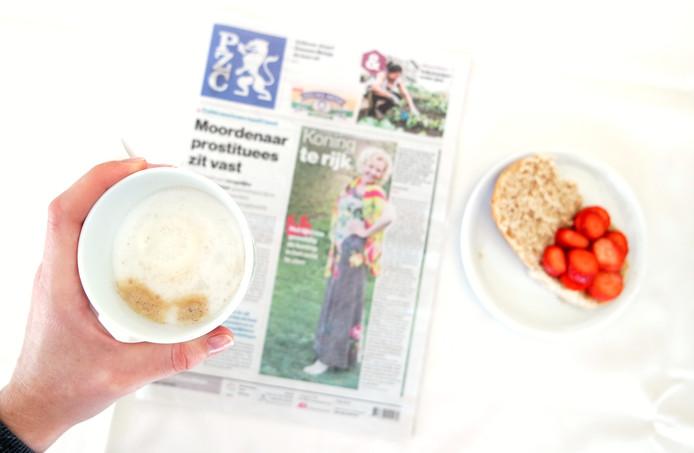 De voorpagina van vrijdag, met Carolien Rottier wie is uitgenodigd voor het verjaardagsdiner van koning Willem-Alexander.