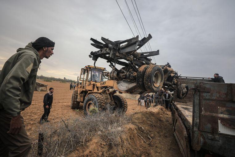 De wrakstukken van de voertuigen die door de Israëlische commando's werden gebruikt. Beeld Getty Images