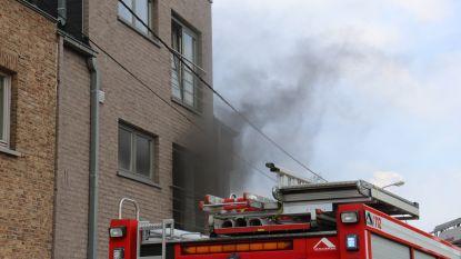 Appartement onbewoonbaar nadat man opbergdoos met boodschappen op vuur zet