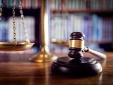 Le juge fait une réflexion surprenante avant de libérer un détenu