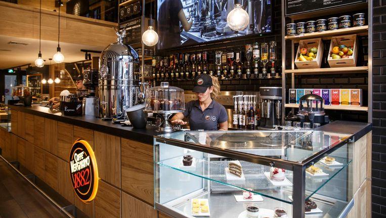 Naast koffie zijn er milkshakes van Italiaans ijs en 'chocolata calda', ook van eigen cacao Beeld Carly Wollaert