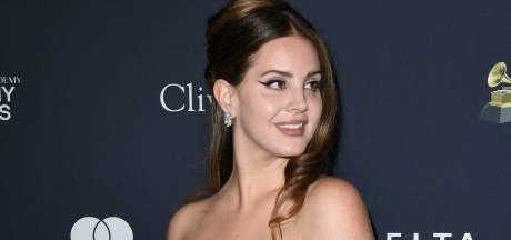 Lana Del Rey zegt show in Amsterdam last-minute af