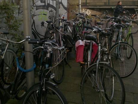 'Al die fietsen en fietswrakken in de wijk Olofsbuurt, het wordt een steeds groter probleem'