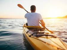 Kanoër redt drenkelingen uit Ketelmeer