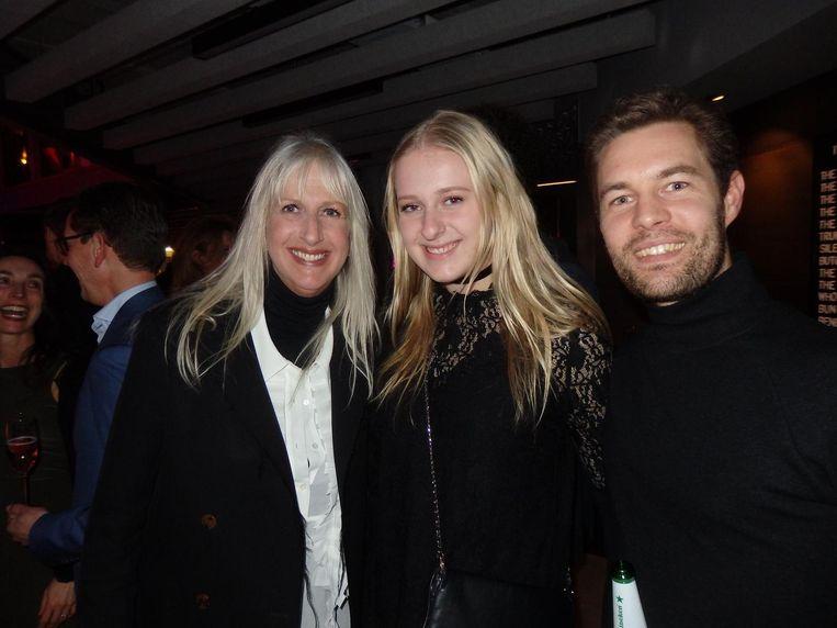 Mariette Hoitink (HTNK), dochter Liv Henderix (future boss) en Robert Grauwen (Amsterdam Denim Days). Hoitink: 'De A'DAM Toren is ons vrijheidsbeeld' Beeld Schuim