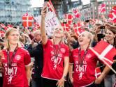 Ook Deense vrouwen krijgen warm welkom bij thuiskomst