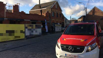 Arbeider gewond na val van stelling op Impedorp