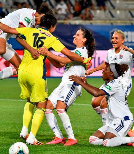 Van de Sanden wint Franse beker met Olympique Lyon na strafschoppen tegen PSG