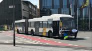 Bus in panne op het Werfplein