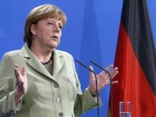 Le parti de Merkel fustige Hollande pour ses critiques