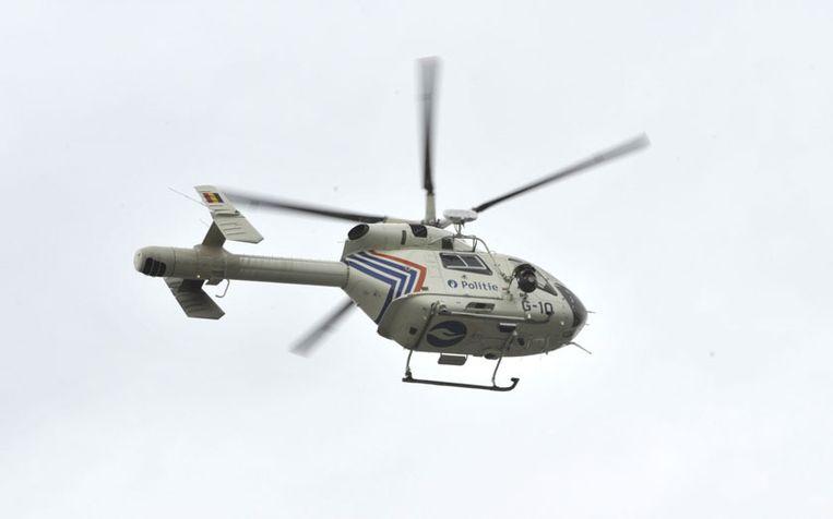 Ook een zoektocht met de politiehelikopter boven Esen en omstreken.