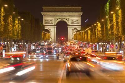 Met oudere camper door Parijs vanaf juli verboden door diesel-ban
