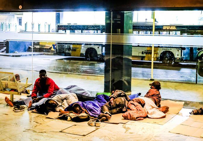 Vluchtelingen in het Noordstation van Brussel.