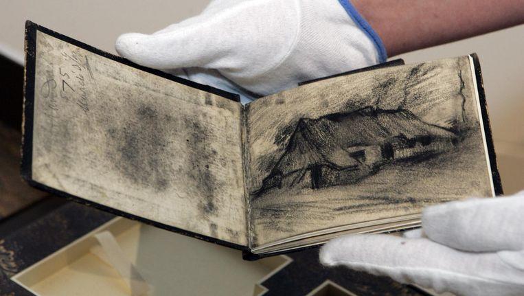 Schetsboek van Vincent van Gogh. Beeld anp