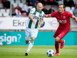 Hij is weer voetballer: Arjen Robben maakt in oefenwedstrijd zijn korte rentree bij Groningen