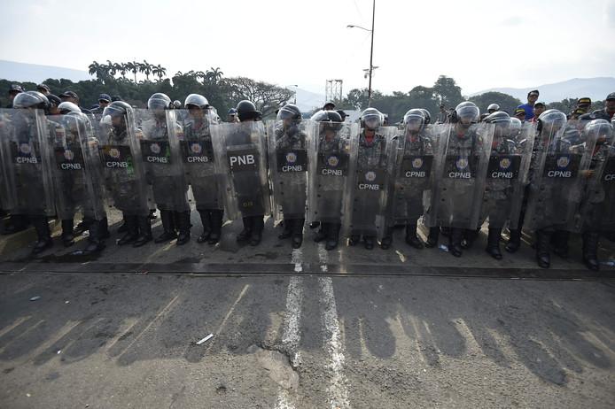 Venezuela houdt de grensovergang gesloten.