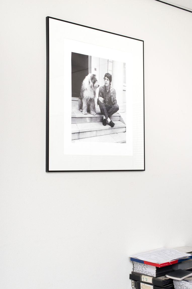 Werkmans foto van Paul McCartney met zijn hond Beeld Eline van Strien