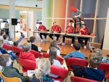Zelfs De Graafschap-fan Jaden wordt blij van ziekenbezoek NEC-spelers