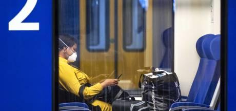 Treinverkeer tussen Amersfoort en Amsterdam nog hele dag gestremd door kapotte bovenleiding