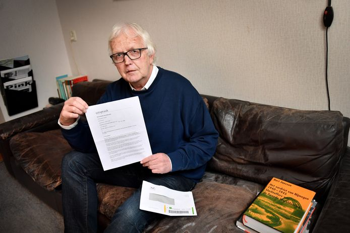Rob Essers met de uitspraak van de rechtbank, waar de gemeente Nijmegen geen gehoor aan gaf.