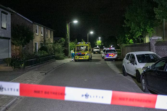 Onderzoek naar geweld in een huis in Bemmel.