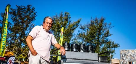 Jan Hessel (70) is al veertig jaar koffieman op de markt. 'Ik kan nog niet stoppen. Mijn huis is te duur'
