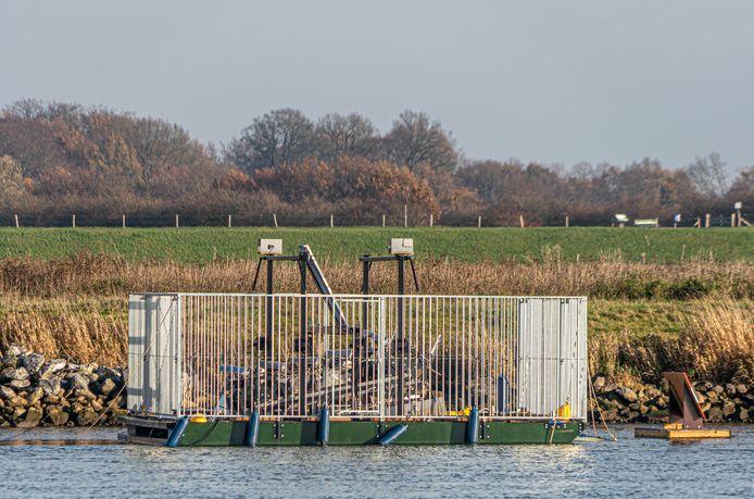 Nieuw in Zwolle: een proefopstelling om duurzame energie uit de IJssel op te wekken.