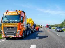 Oprit A59 bij Oosterhout korte tijd dicht door vrachtwagen met pech