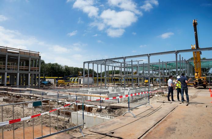 Het hoogste punt is bereikt bij de bouw van de tramremise.