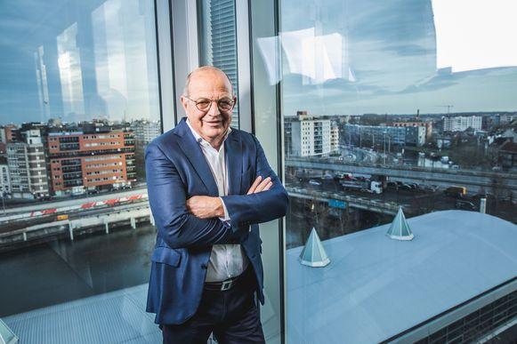 Alain De Taeye in de kantoren van TomTom in Ledeberg, met zicht over Gent.