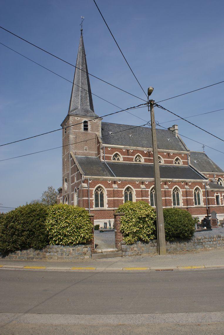 De kerk van Attenrode zou volgens het gemeentebestuur ook moeten opgaan in één centrale kerkraad.
