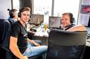 Merijn en Wout aan de slag als koerscommentatoren tijdens de Heistse Pijl