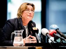 Advocaat Arie den Dekker gaat onderzoek 'heel kritisch volgen'