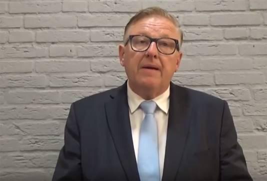 Burgemeester van Bunschoten Melis van de Groep.