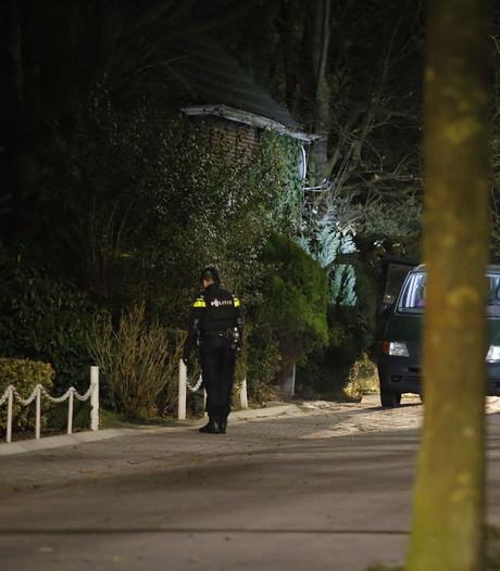 Politie zoekt vuurwapengevaarlijke man in Dorst