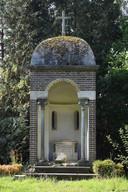 De plek waar het Heilig Hartbeeld stond.