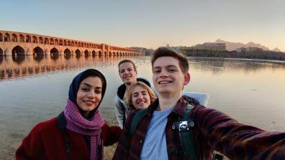 """Yngwie trok met vrienden naar Iran: """"De vraag is niet of we nog terugkomen, maar wel hoe vaak we nog terugkomen"""""""