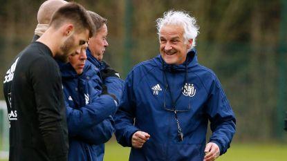 """Op zoek naar de voetbalmaniak in Anderlecht-coach Rutten: """"Hij belt zelfs familieleden van spelers voor info"""""""