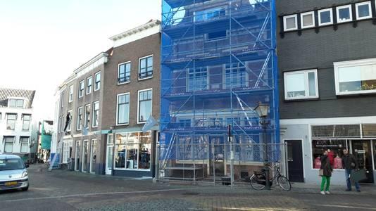 Stockfoto Grote Kade 44 in Goes. Toekomstig onderkomen van Si-sa-soep en daarvoor van speelgoedwinkel Vissertoys en drogisterij Den Herder.