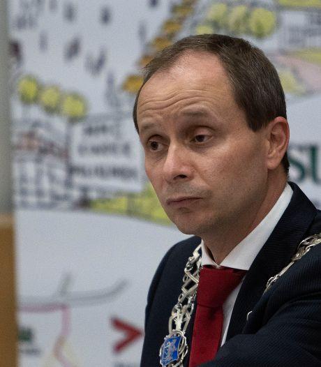 Raadsvragen over betwiste gebiedsverboden Valkenswaard: hoe kwam de burgemeester tot dit besluit?