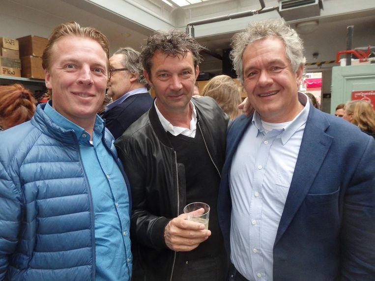 Michiel Deenik (The Roastroom), Ferry van Houten (Het Bosch) en Eric Winter, ceo DPA, maar vooral vriend van Jaspers en consument. Beeld Schuim