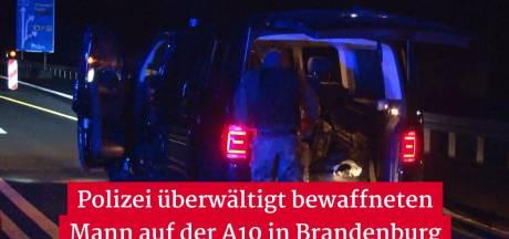 Duitse politie schiet gewapende twintiger neer die dreigt met bloedbad bij tankstation langs snelweg