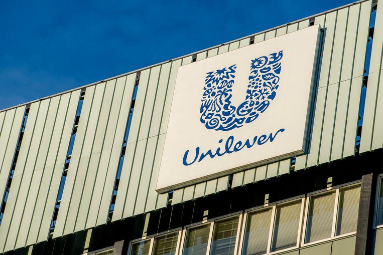 Unilever denkt er volgens The Sunday Telegraph over na om Lipton te verkopen.